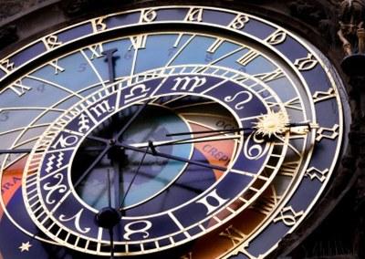 clockprague.jpg